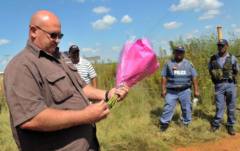 Polêmico líder sul-africano é homenageado