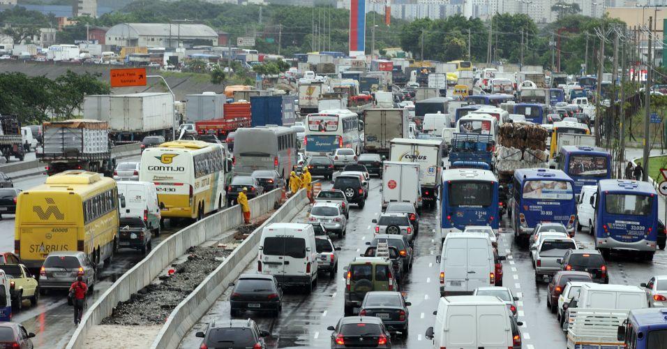 Trânsito na marginal Tietê