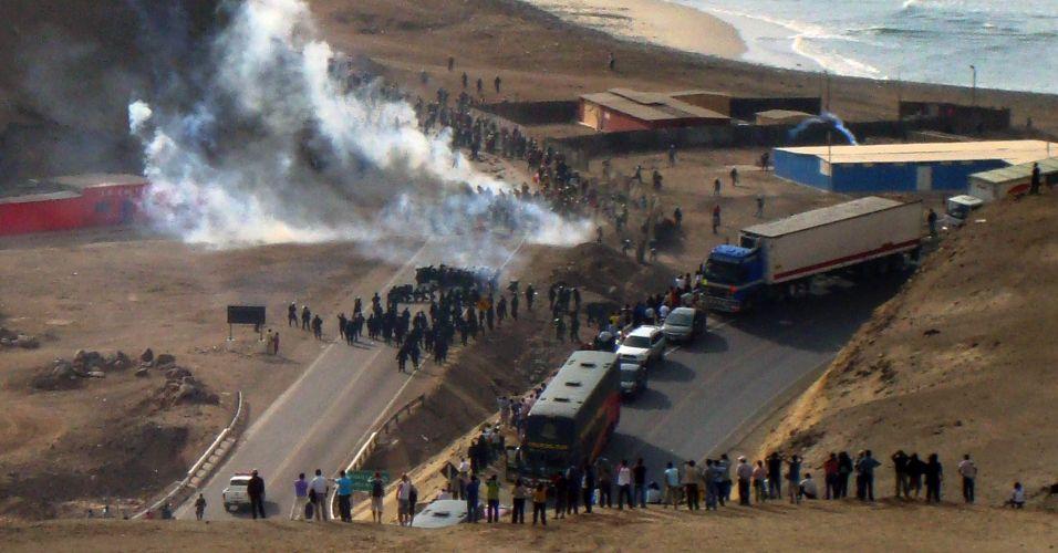 Confronto no Peru