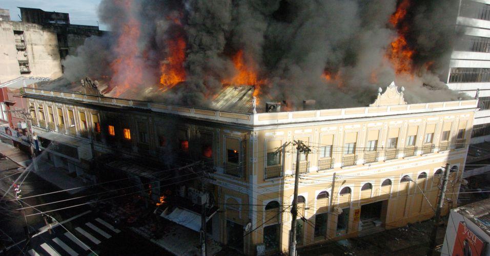 Incêndio em Manaus