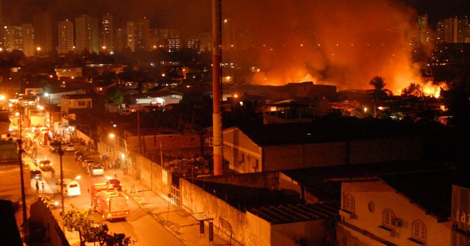Fogo em Recife