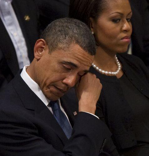 Obama chora em funeral