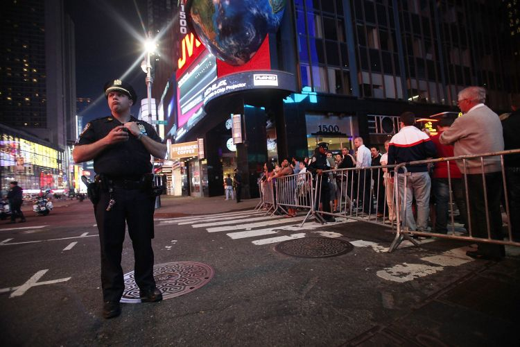 Times Square esvaziada