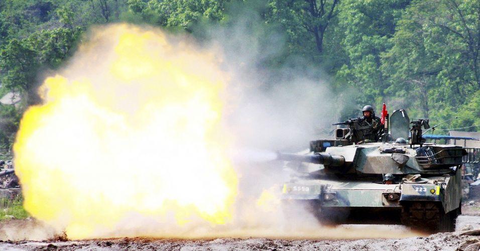 Coreia do Sul realiza exercícios militares