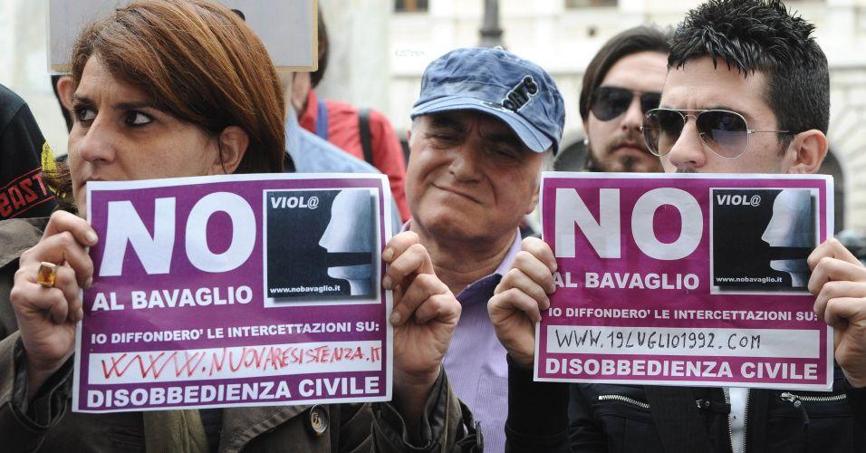 Protesto contra escutas telefônicas na Itália
