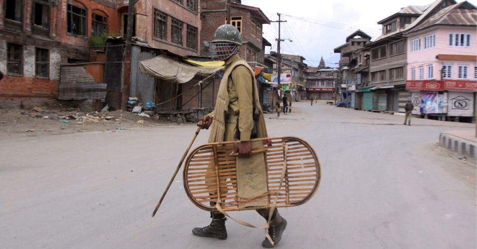 Toque de recolher na Índia