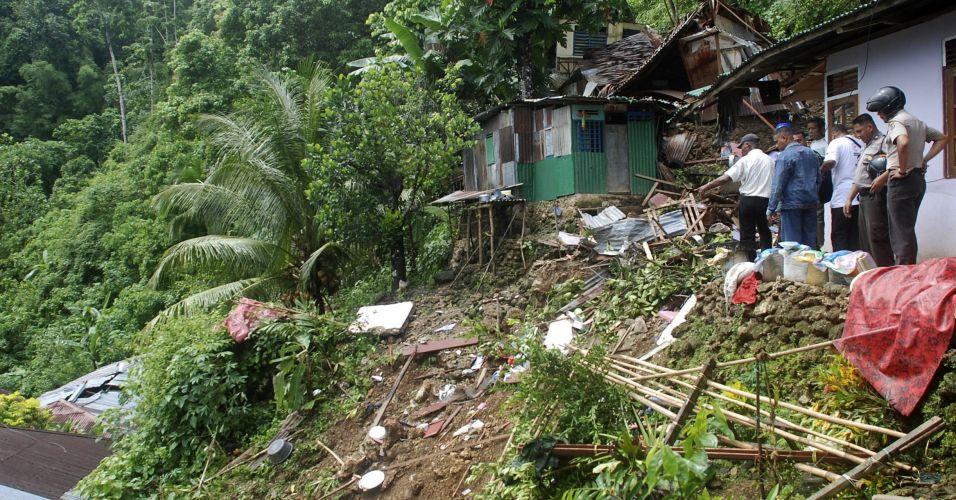 Desabamento na Indonésia