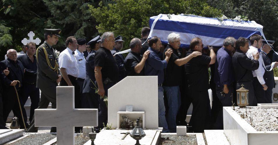 Funeral de policial grego