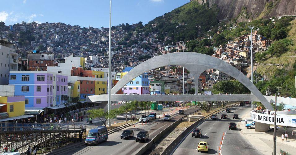 Passarela na Rocinha