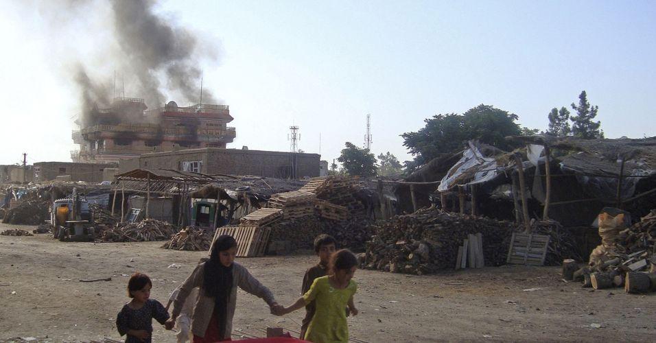 Explosão na Afeganistão