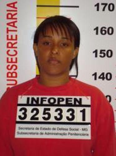 Ficha de identificação de Dayanne Rodrigues Souza, mulher do ex-goleiro do Flamengo, Bruno Souza, na Penitenciária Nelson Hungria em Contagem (MG)