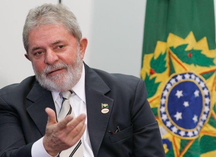 Lula encaminha projeto de palmada em crianças