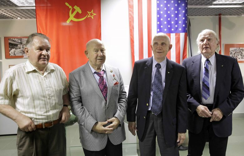 35 anos da Apollo-Soyuz