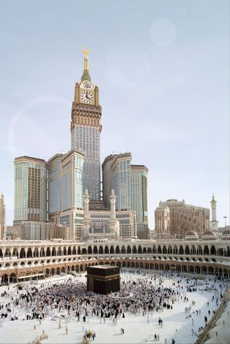Relógio é inaugurado no primeiro dia do Ramadã