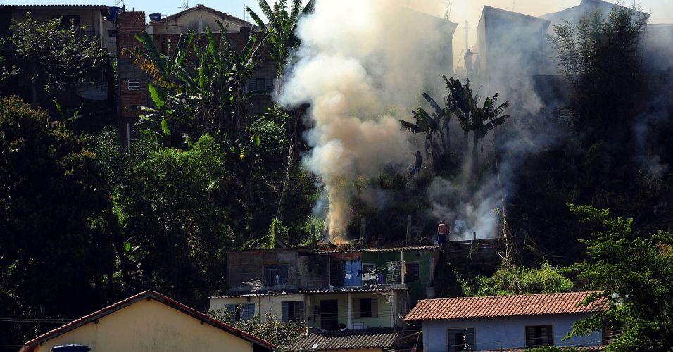 Fogo em São José dos Campos (SP)