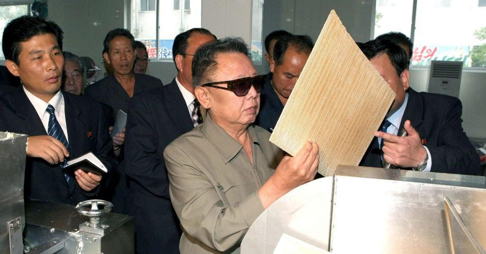 Kim reaparece na Coreia