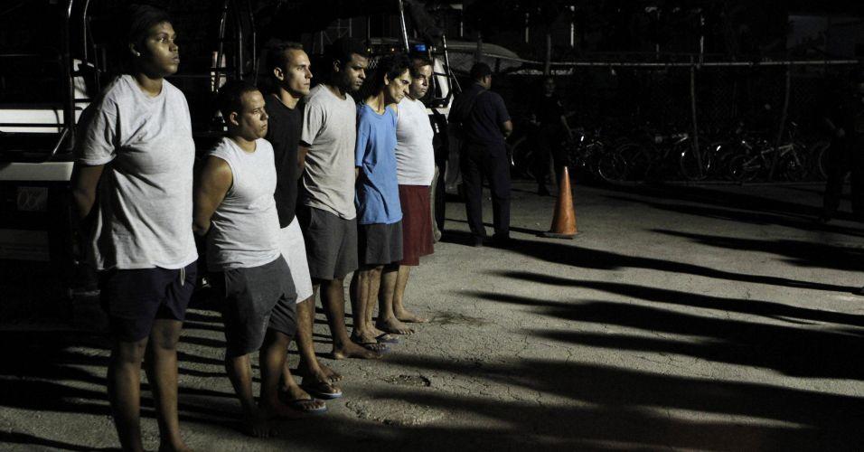 Imigrantes presos no México