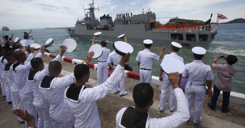 Marinheiros contra piratas