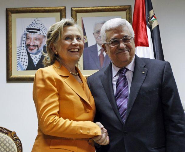 Hillary e Abbas