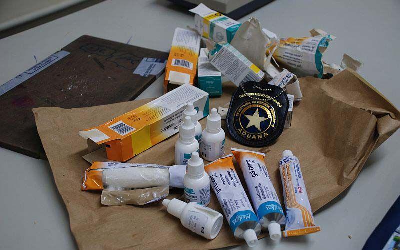 Cocaína dentro de remédios