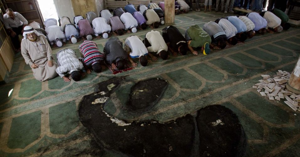 Incêndio em mesquita na Cisjordânia