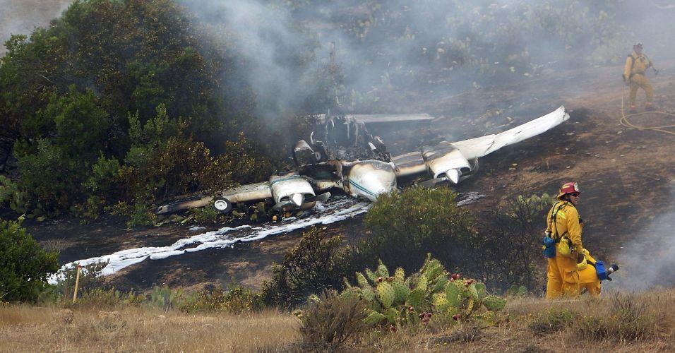 Avião cai nos EUA