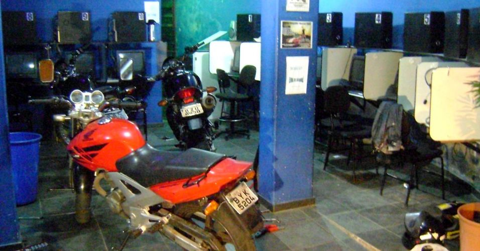 Desmanche de motos em lan house