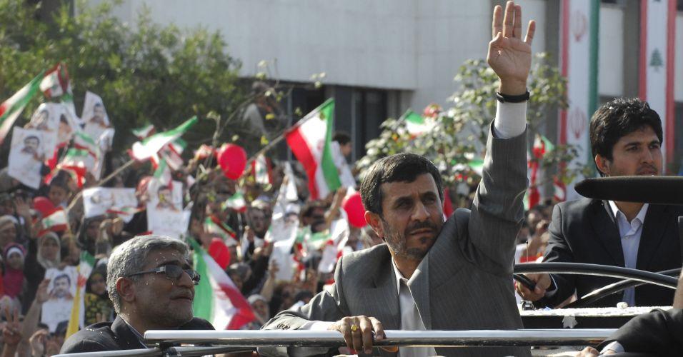 Ahmadinejad visita o Líbano