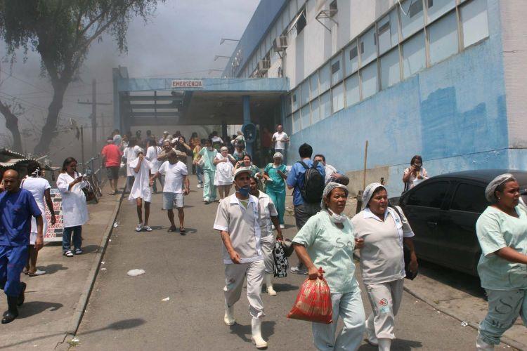 Incêndio em hospital no Rio