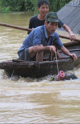 Enchentes no Vietnã