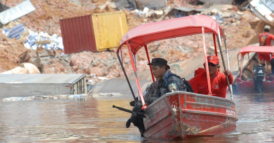 Desabamento em Manaus
