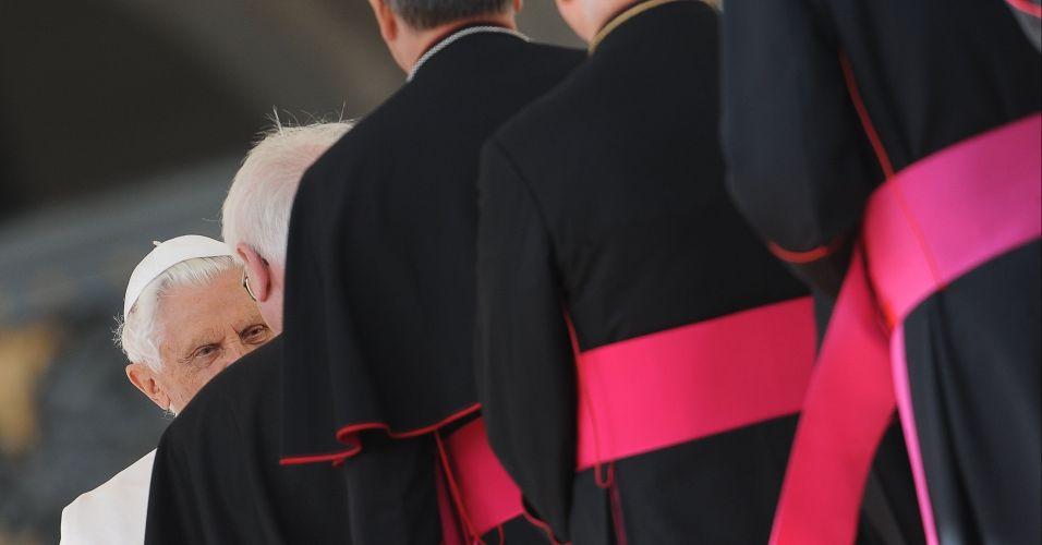 Papa e cardeais