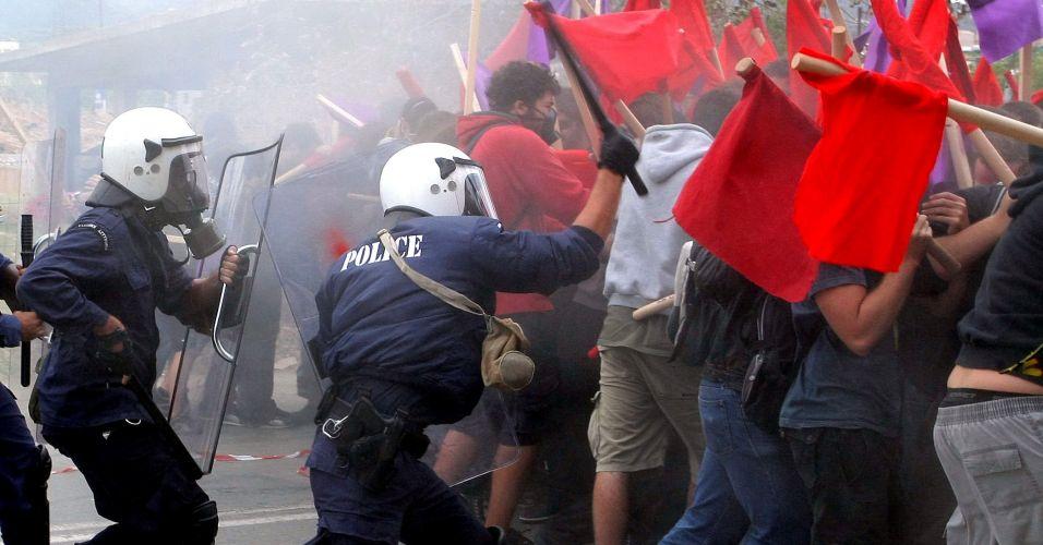 Confronto na Grécia