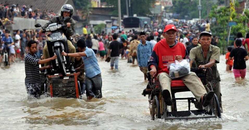 Alagamento na Indonésia