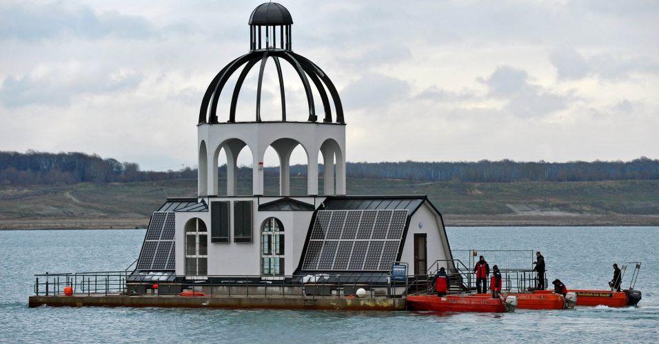 Igreja flutuante