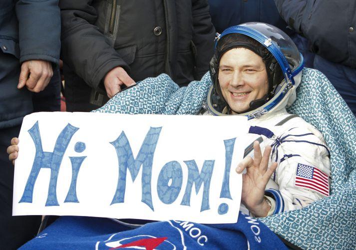 """Astronauta da Soyuz diz """"oi"""""""