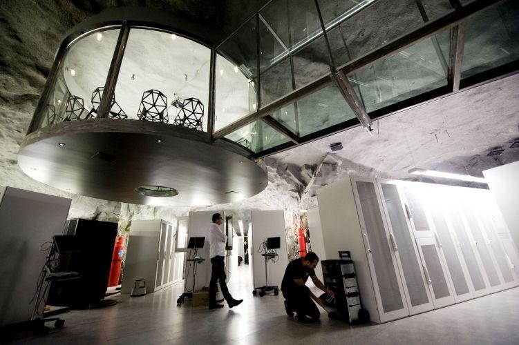 Após ter servido de sala de exposição, o local foi adquirido há alguns anos pela Banhof, que implantou ali seu quinto centro de armazenagem de dados de informática