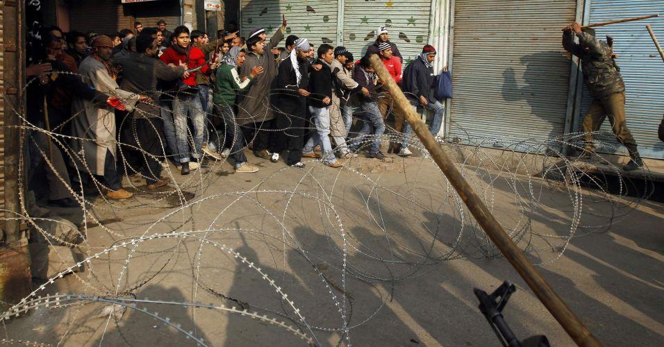 Toque de recolher na Caxemira