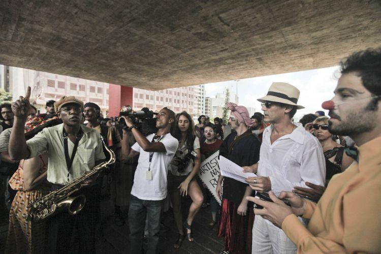 Artistas de rua protestam em SP