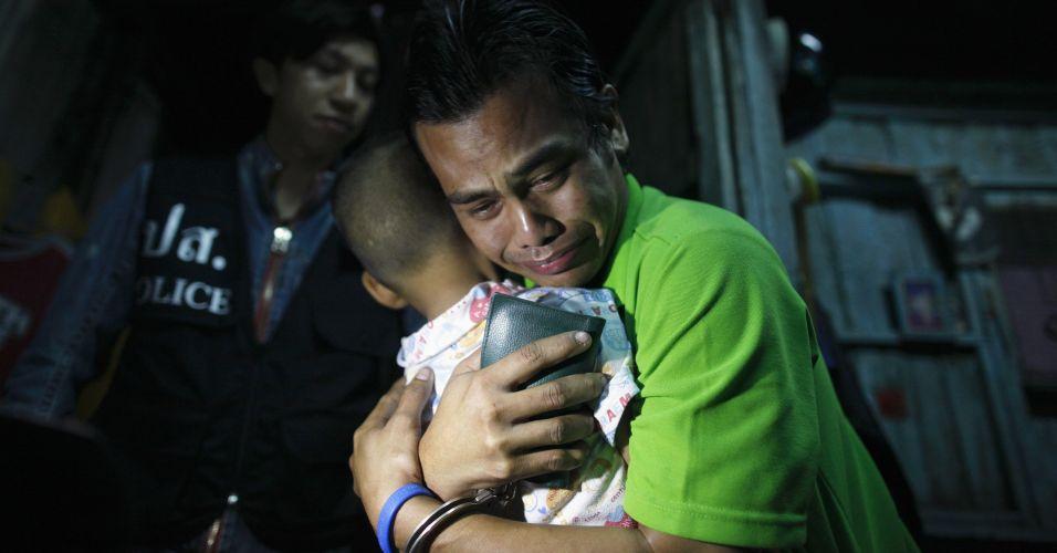 Homem preso na Tailândia