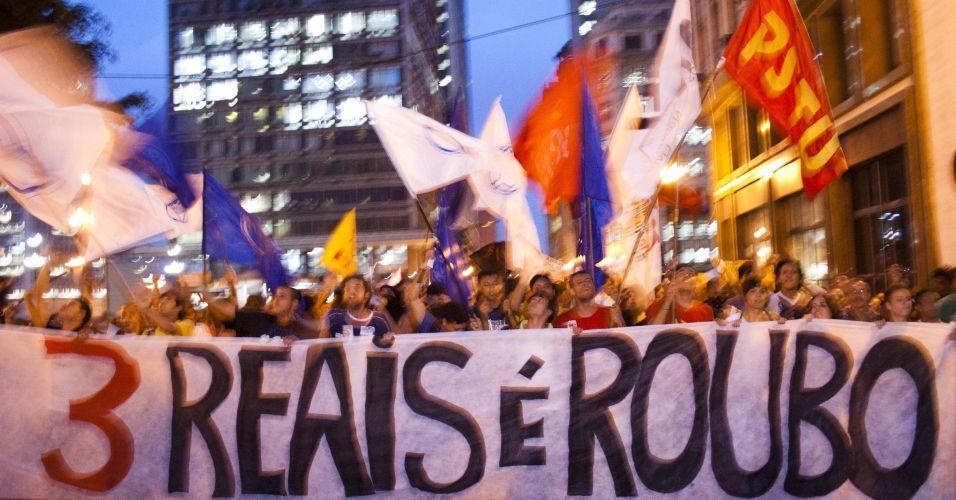 Protesto contra aumento da tarifa de ônibus em SP