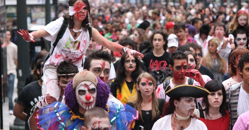 """Zombie Walk"" em Curitiba (PR)"