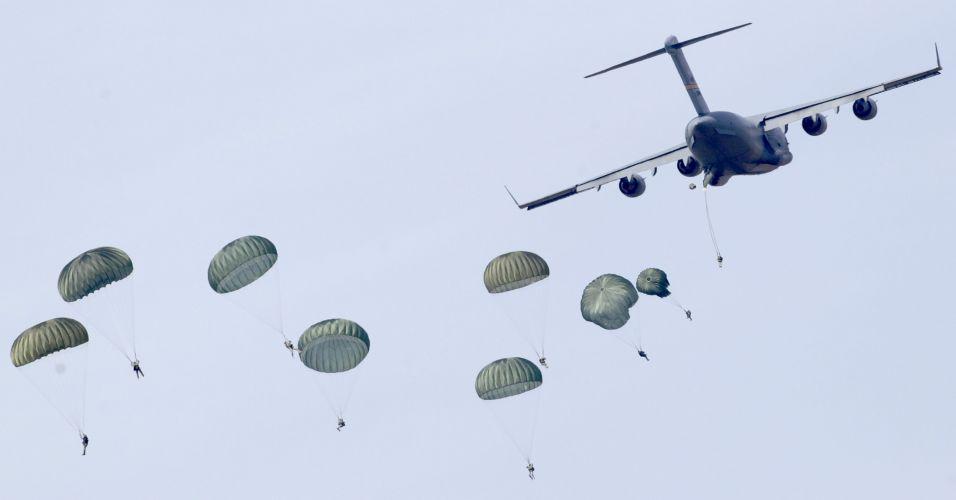 Paraquedistas na Itália