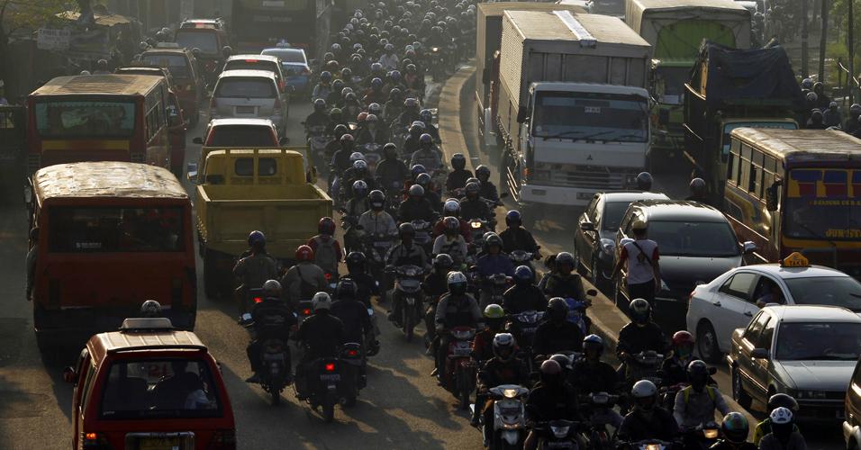 Trânsito na Indonésia