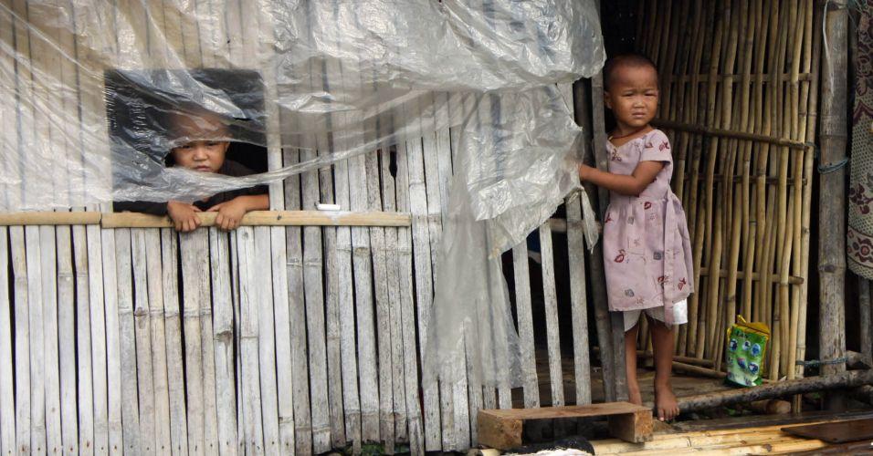Crianças em Mianmar
