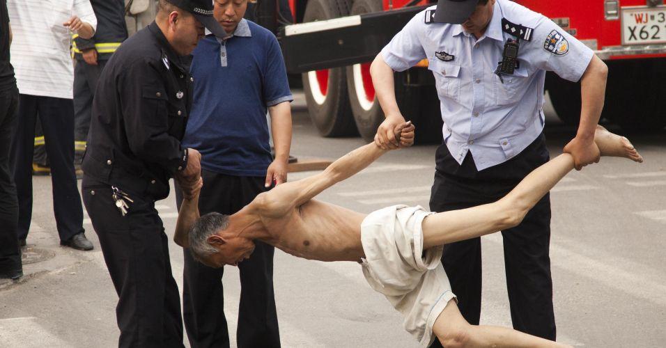 Tentativa de suicídio na China