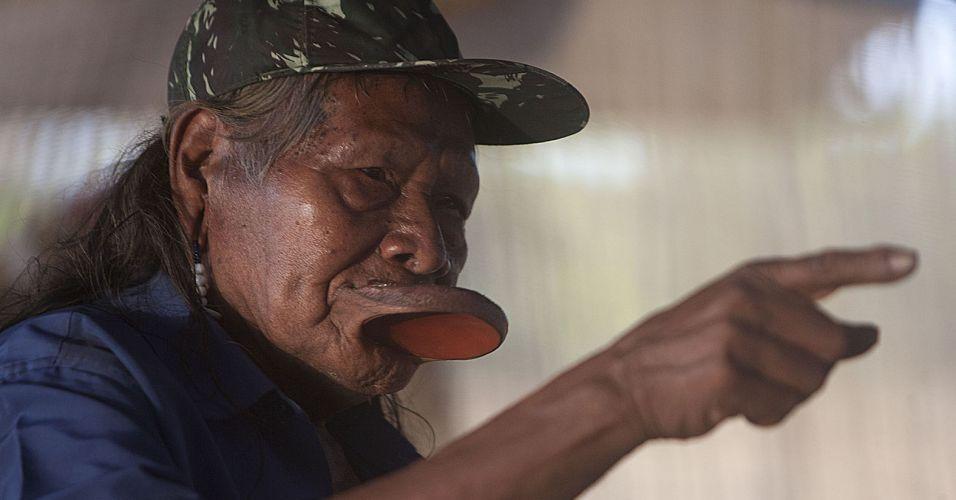 Raoni contra Belo Monte
