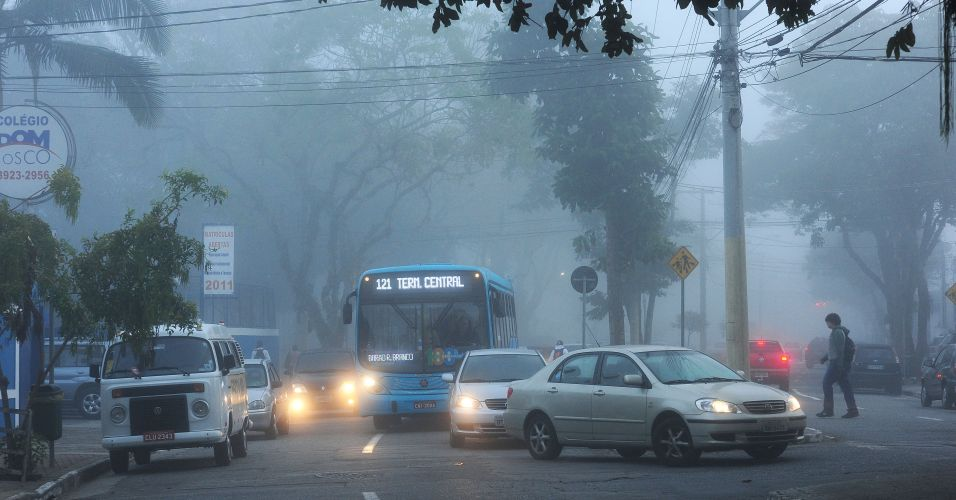 Neblina em São José dos Campos