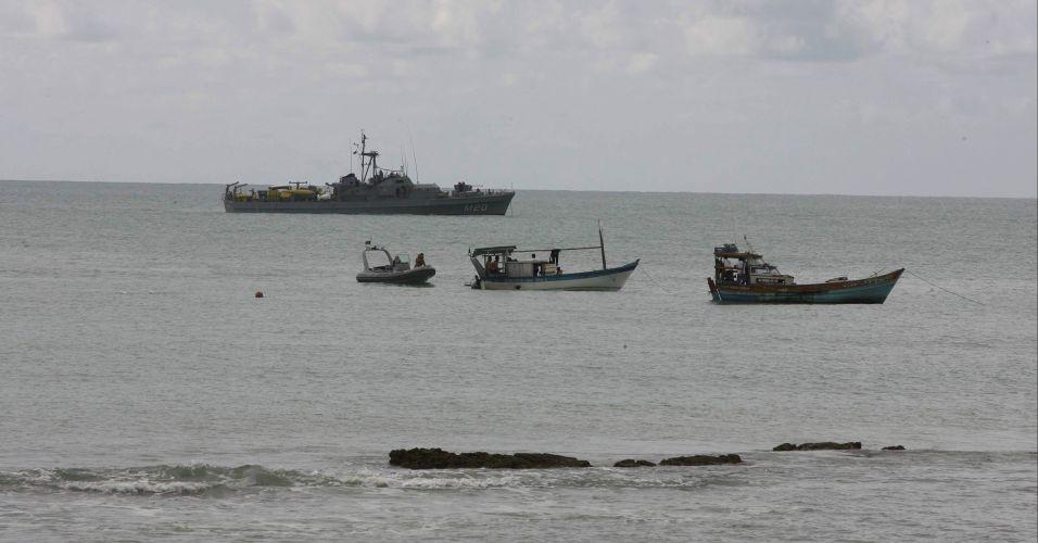Buscas por desaparecidos de queda de helicóptero na Bahia