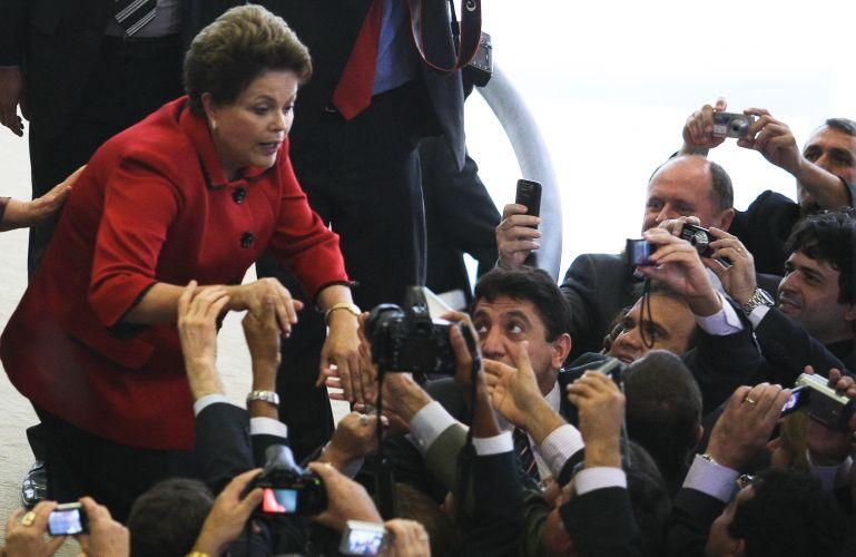Dilma assediada